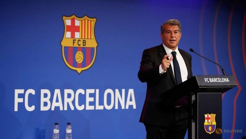Soccer-Barcelona won't say sorry for Super League, not worried by threat of sanctions