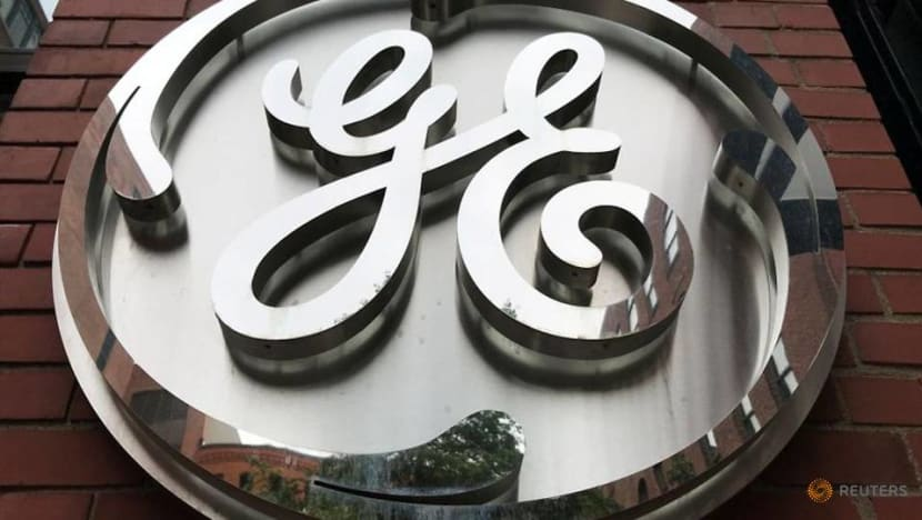 General Electric extends CEO Culp's employment agreement