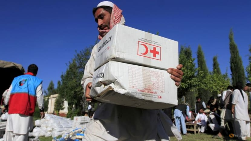 Afghanistan's healthcare system near collapse, aid agencies warn