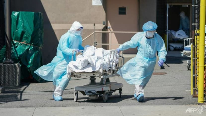 US records 1,433 COVID-19 deaths in a day, death toll reaches 42,000