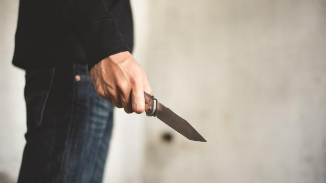 洗发精倒妻子头 威胁叫朋友强奸 31岁男子涉恐吓罪明被控