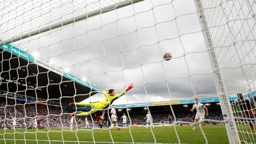 Football: Late Antonio strike gives West Ham win at Leeds