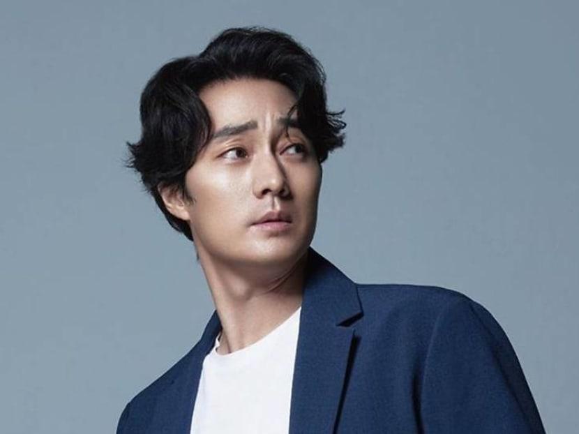 Korean actor So Ji-sub ties the knot with former TV presenter girlfriend