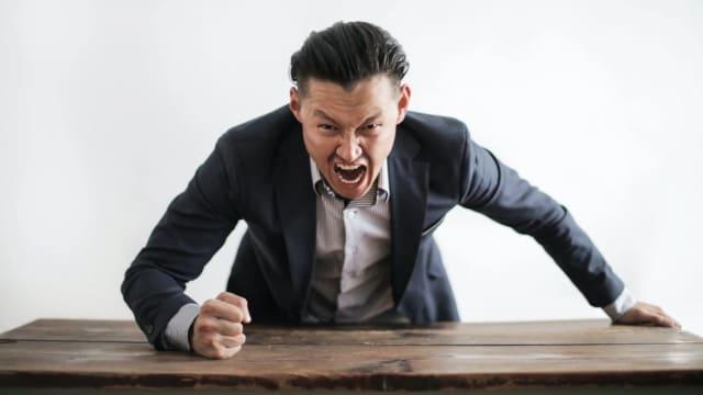 60%上司犯错不认 员工应对2策略