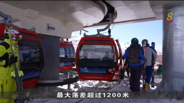 北京冬奥会点燃民众热情 大批雪友涌向新疆滑雪