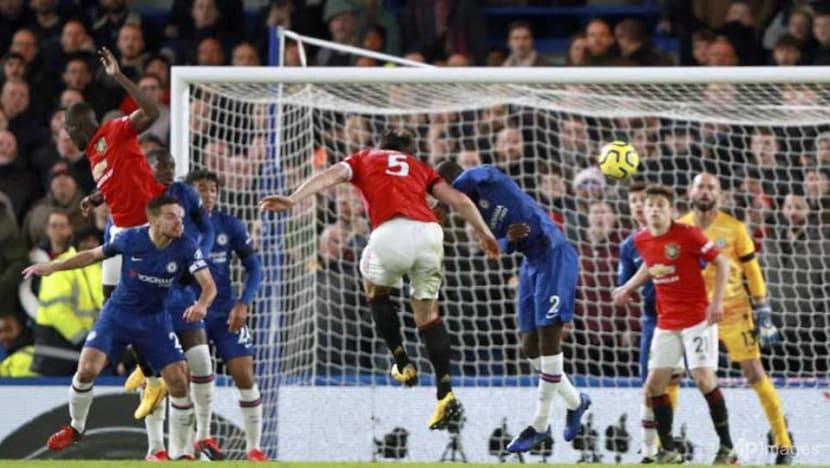 Football: Man United stun Chelsea to close gap on top four