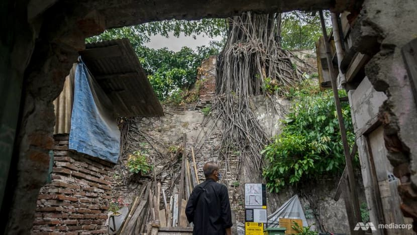 In Jakarta, anarchaeologist races against time to preserve the city's 400-year-old fortified walls