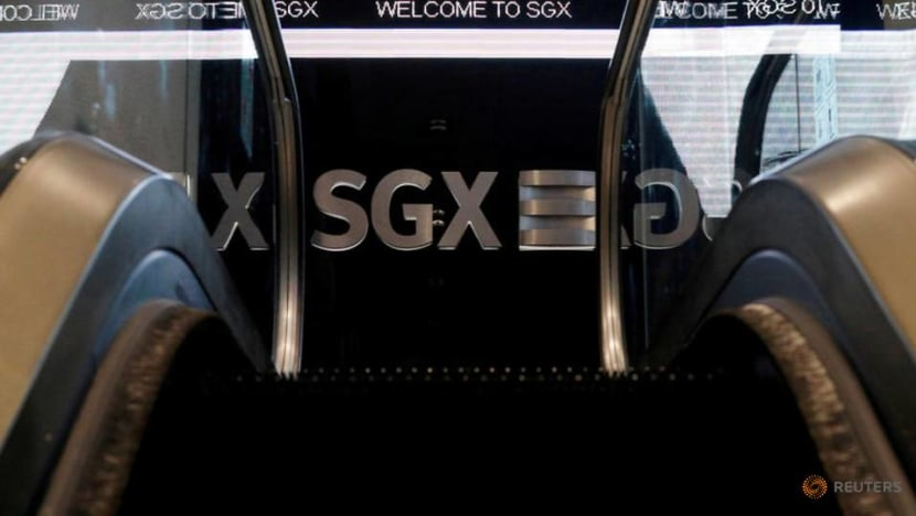 Singapore shares hit 10-year low over COVID-19 fears