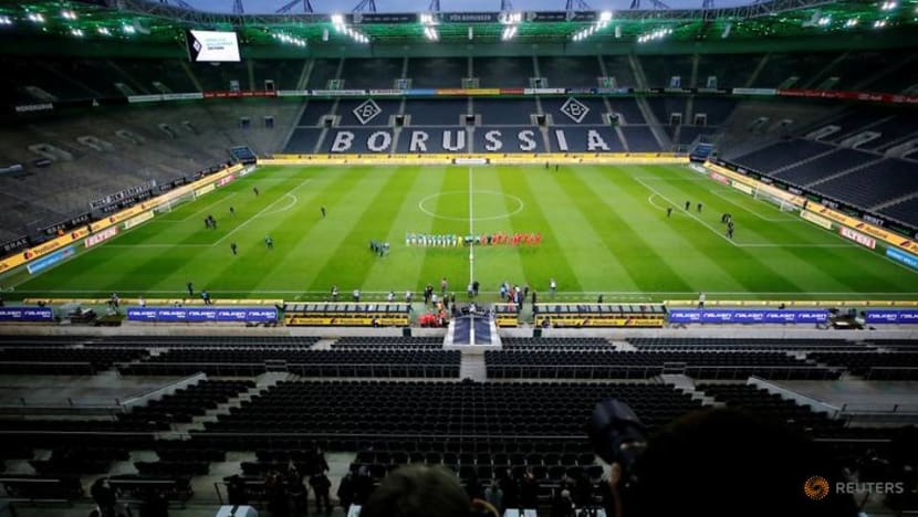 Germany bars fans from soccer matches till at least end of October