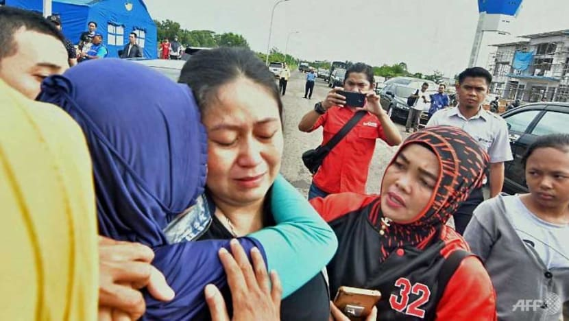'Everyone was crying': Lion Air crash victims' families grow frustrated as authorities scramble for information