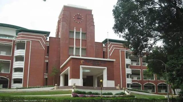 巴克路英华学校墙壁倒塌 一名孟加拉籍客工死亡
