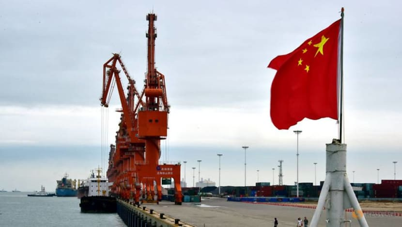 China to lower import tariffs on more than 850 products from Jan 1