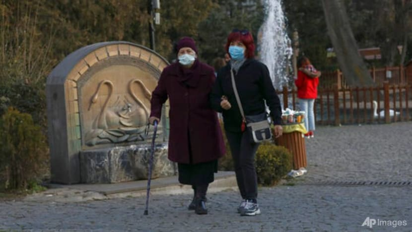 Turkey finds 15 people carrying new UK coronavirus variant