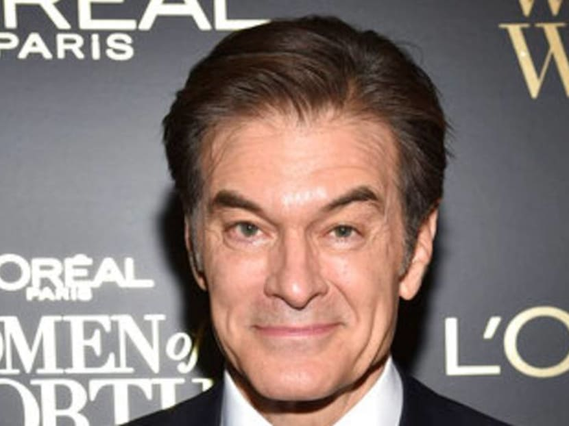 TV personality Dr Oz aids police in resuscitating man at US airport