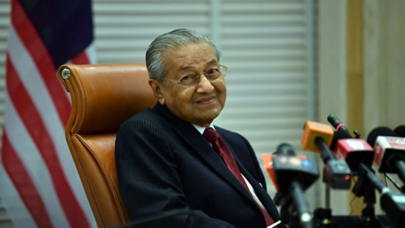 Malaysia PM Mahathir rates his Cabinet 5 out of 10, but says there will be no reshuffle