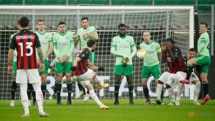Football: Milan fight back to beat Celtic, Spurs also reach last 32
