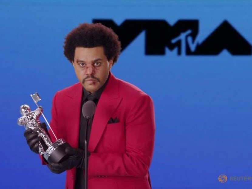 Custom masks, coronavirus and Black lives dominate VMA show