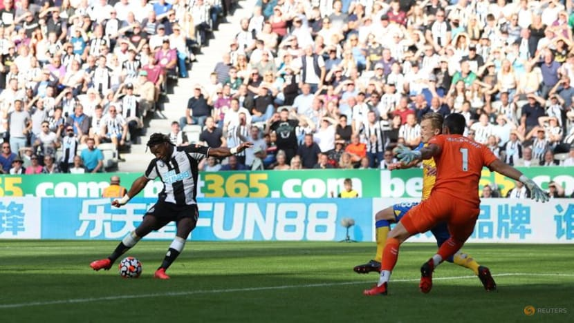 Football: Saints earn point with late penalty in 2-2 draw at Newcastle