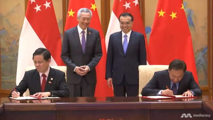 Singapore, China sign 5 deals to boost cooperation in economy, customs operations