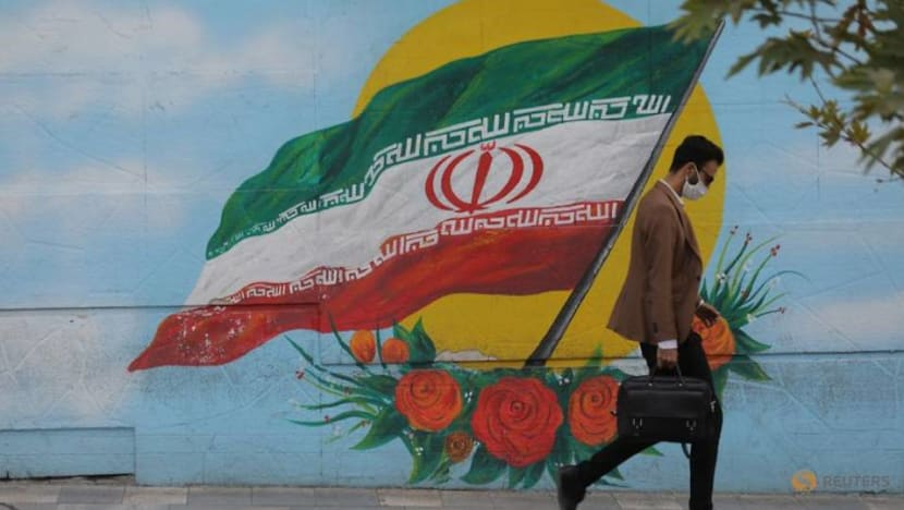 Iran extends COVID curbs in capital as nationwide deaths pass 30,000