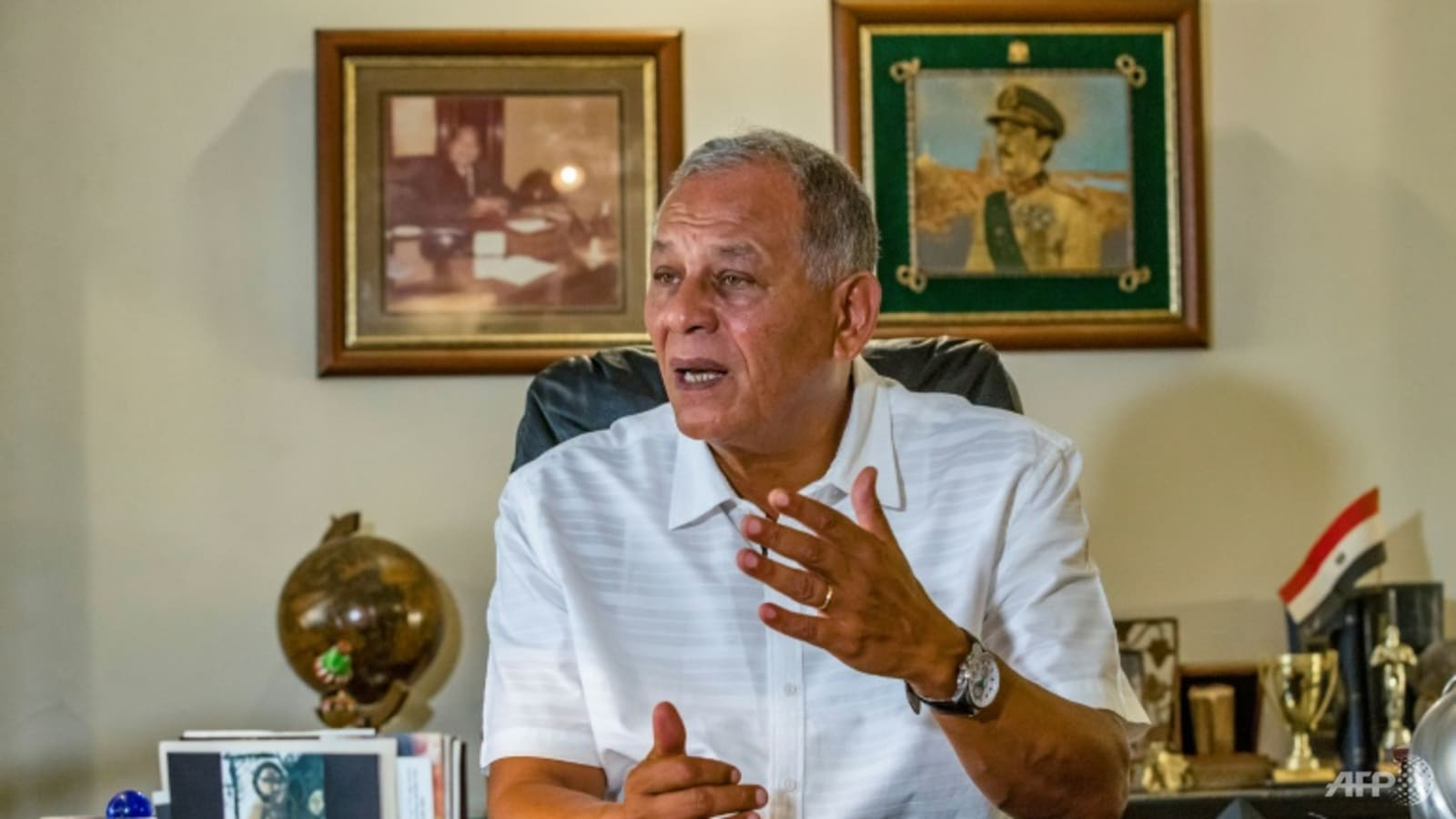 Sadat's nephew negotiates way out for Egypt prisoners
