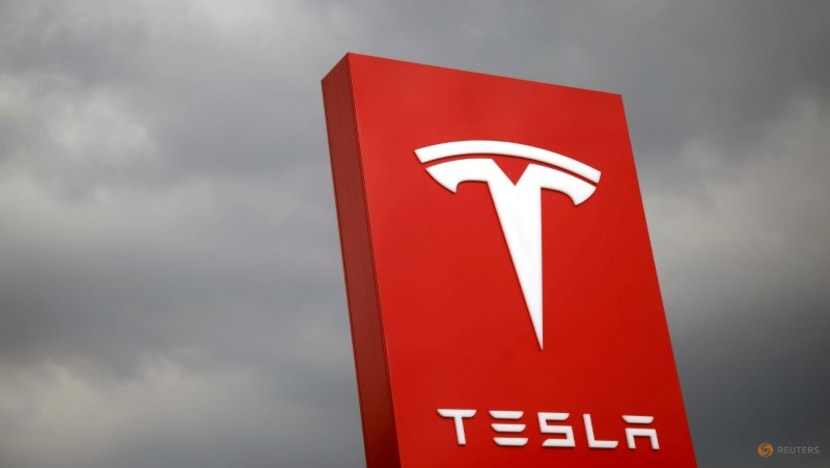 Exclusive-India considers sharp import tax cuts on EVs after Tesla lobbying - sources