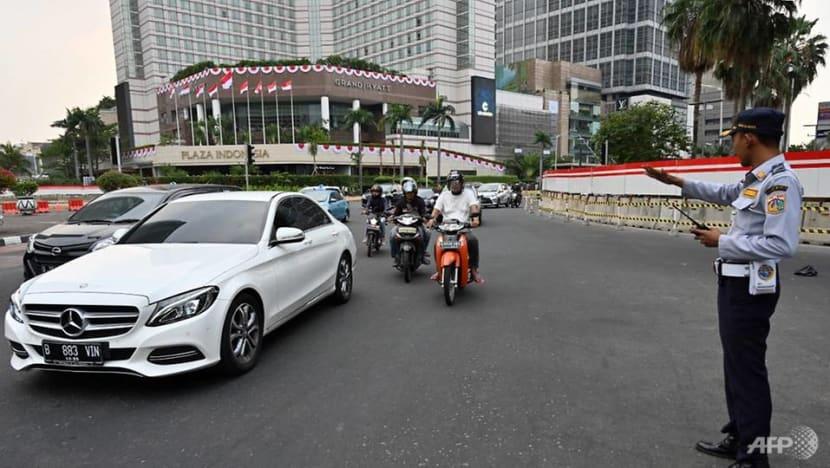 Jakartans reel from services disruption, traffic gridlock amid massive Java island blackout