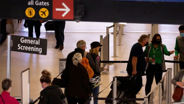 完成接种外国游客 下个月8日起可入境美国