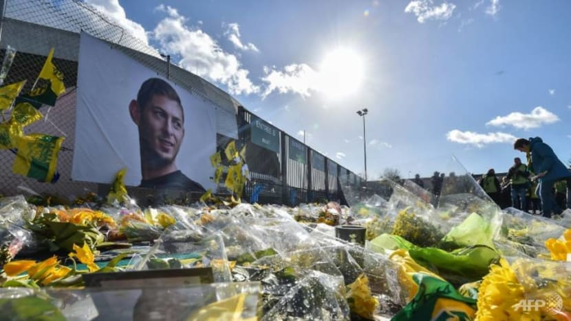 2 arrested in UK over online image of Sala's body