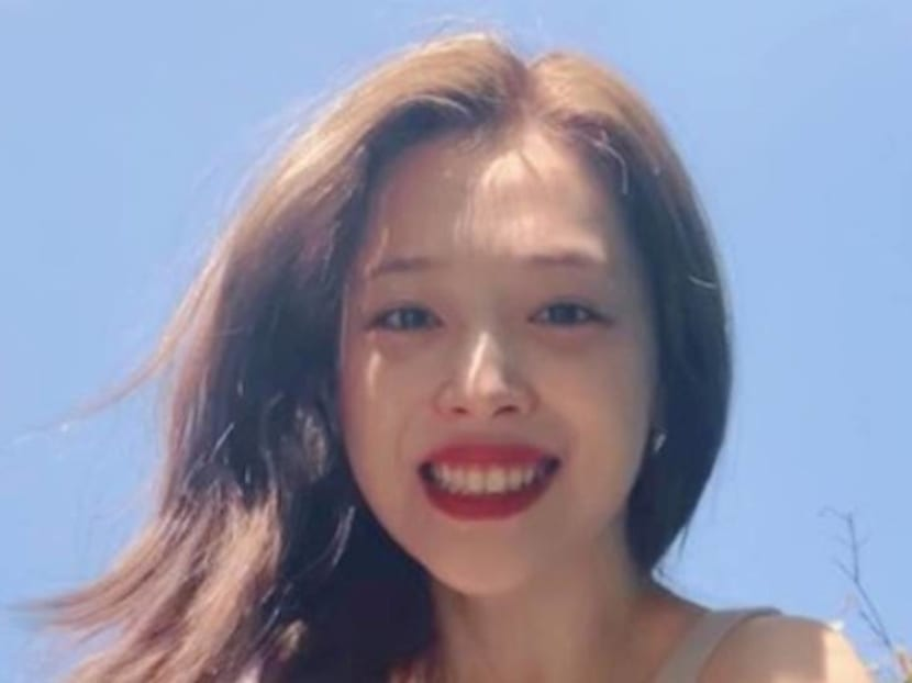 Fans, celebrities mourn death of K-pop star Sulli, who suffered from 'severe depression'