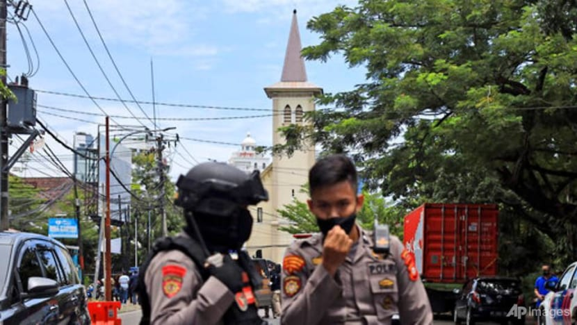 Singapore condemns bombing at Indonesia church