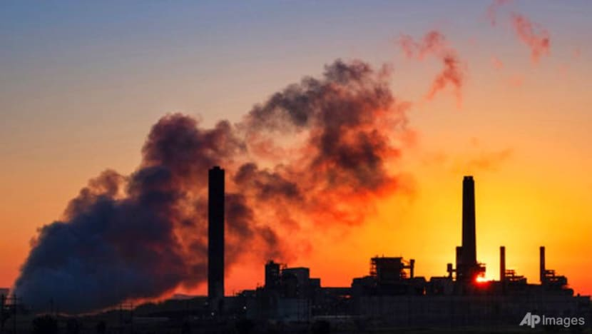 Investor group calls for banks to set tougher climate targets
