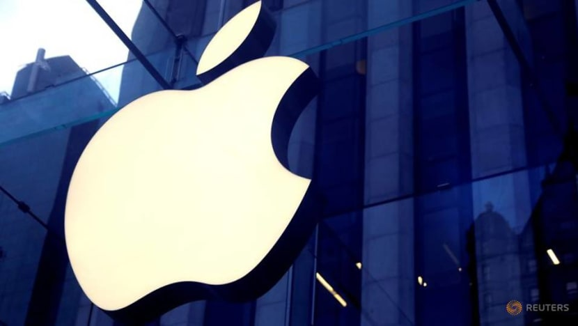Apple's 270 US stores all open for first time since pandemic began