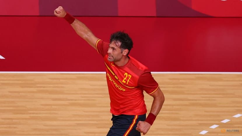 Olympics-Athletics-Spain's Garcia appears in record 8th Olympics