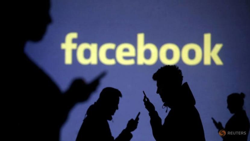 Facebook bans UK far-right groups