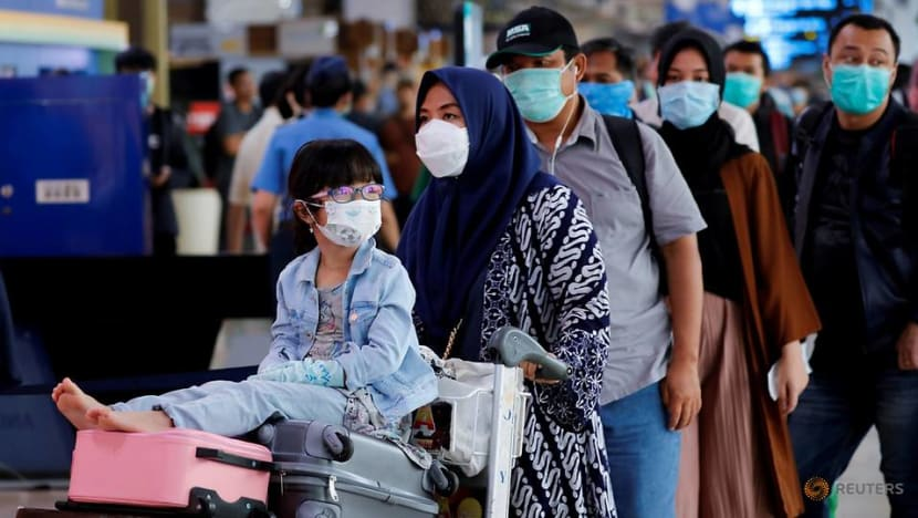 Indonesia to ban air, sea travel to early June over COVID-19