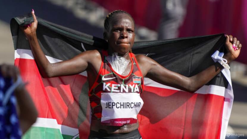 Athletics: Jepchirchir's 'tough mind' powers her to victory in women's marathon