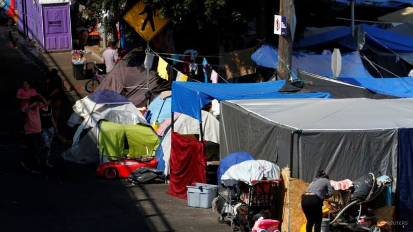 US urges Mexico to clear migrant camps near border: Report