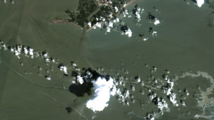 US probing nearly 350 reports of oil spills in wake of Hurricane Ida