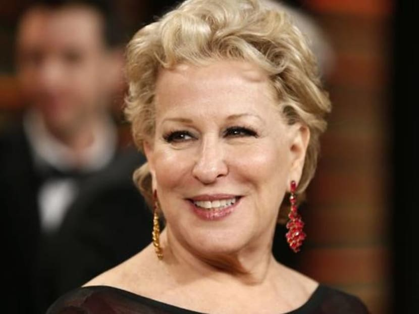 Bette Midler to perform at Oscars, Academy reverses earlier decisions