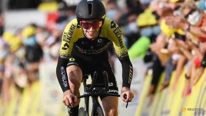Yates leads Ineos-Grenadiers podium sweep in Catalunya