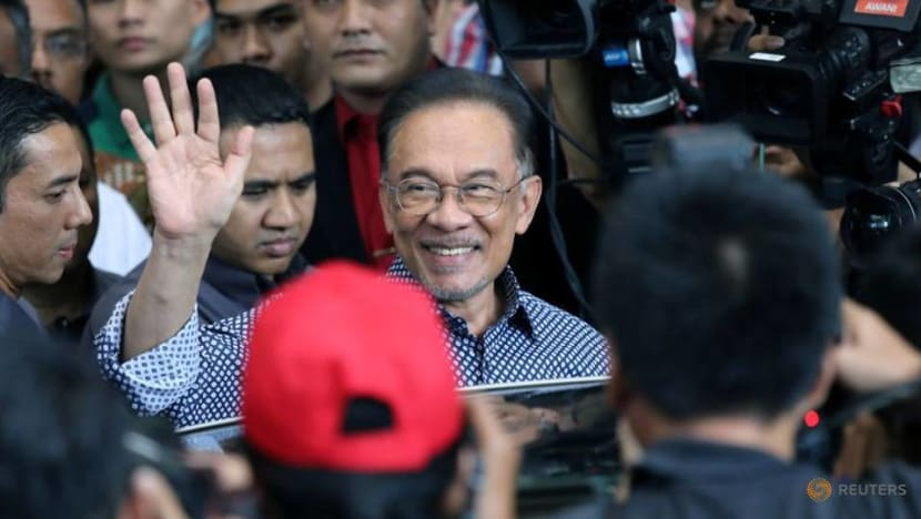 No sacking of members who supported Azmin Ali: Anwar