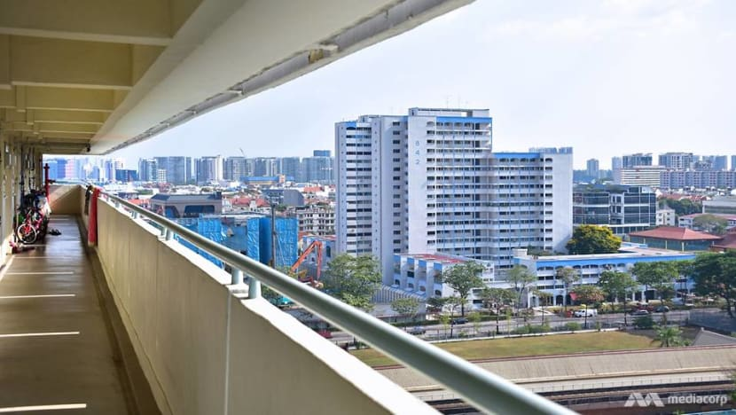 HDB resale prices down slightly in Q1, continuing declining trend