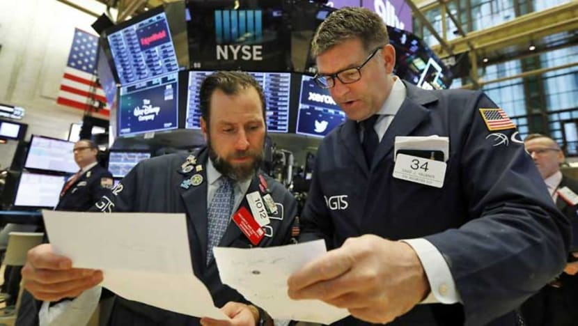 US stocks recover amid trade uncertainty