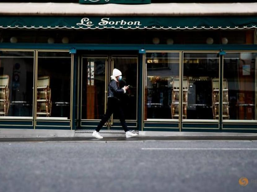 Can't eat out? In locked down Paris, a chef can come to you