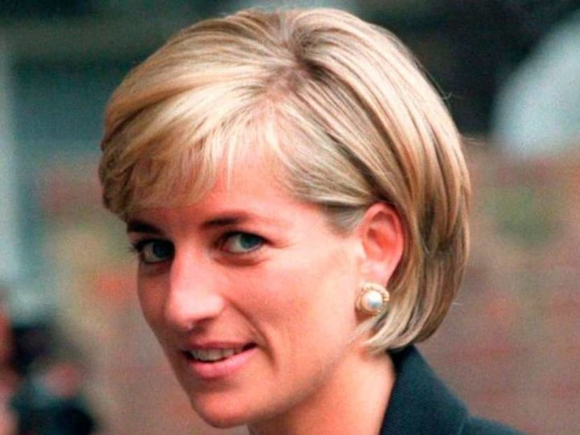 New statue of Princess Diana, commissioned by Prince William and Harry, will be installed in 2021