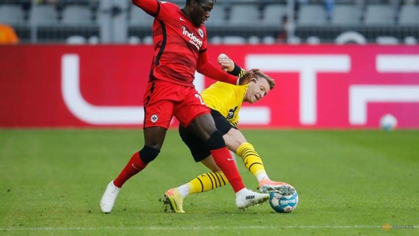 Soccer-Haaland sparkles in Dortmund season-opening demolition of Frankfurt