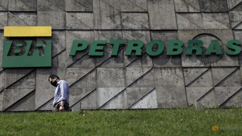 Bolsonaro says nominating replacement for Petrobras CEO