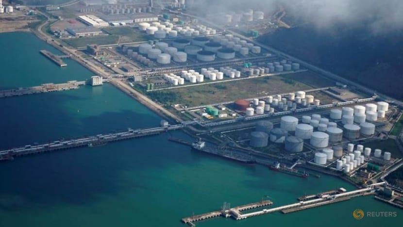 China's Saudi oil imports plunge 21%