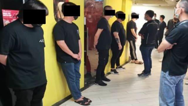 涉嫌参加私会党 14名男子被捕